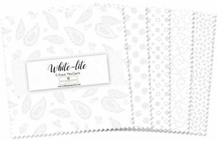 WILMINGTON PRINTS WHITE LITE 5 KARAT MINI-GEMS 24 Pieces
