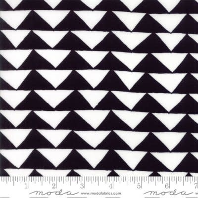 THICKET, TRIANGLES, BLACK AND WHITE PER CM OR $19/M