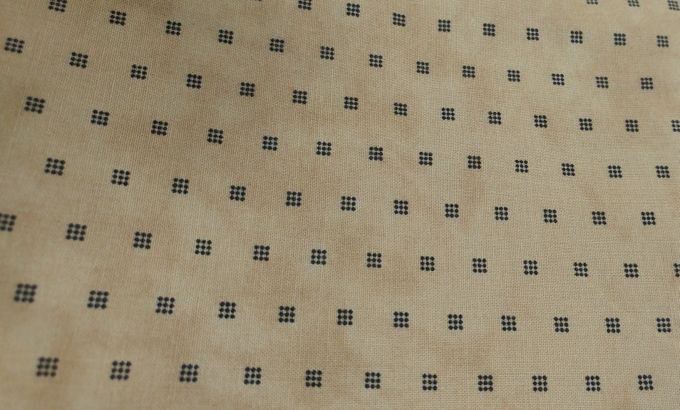 MODA 240cm  LITTLE GATHERS - Black Dot Square on Tan, $20/M