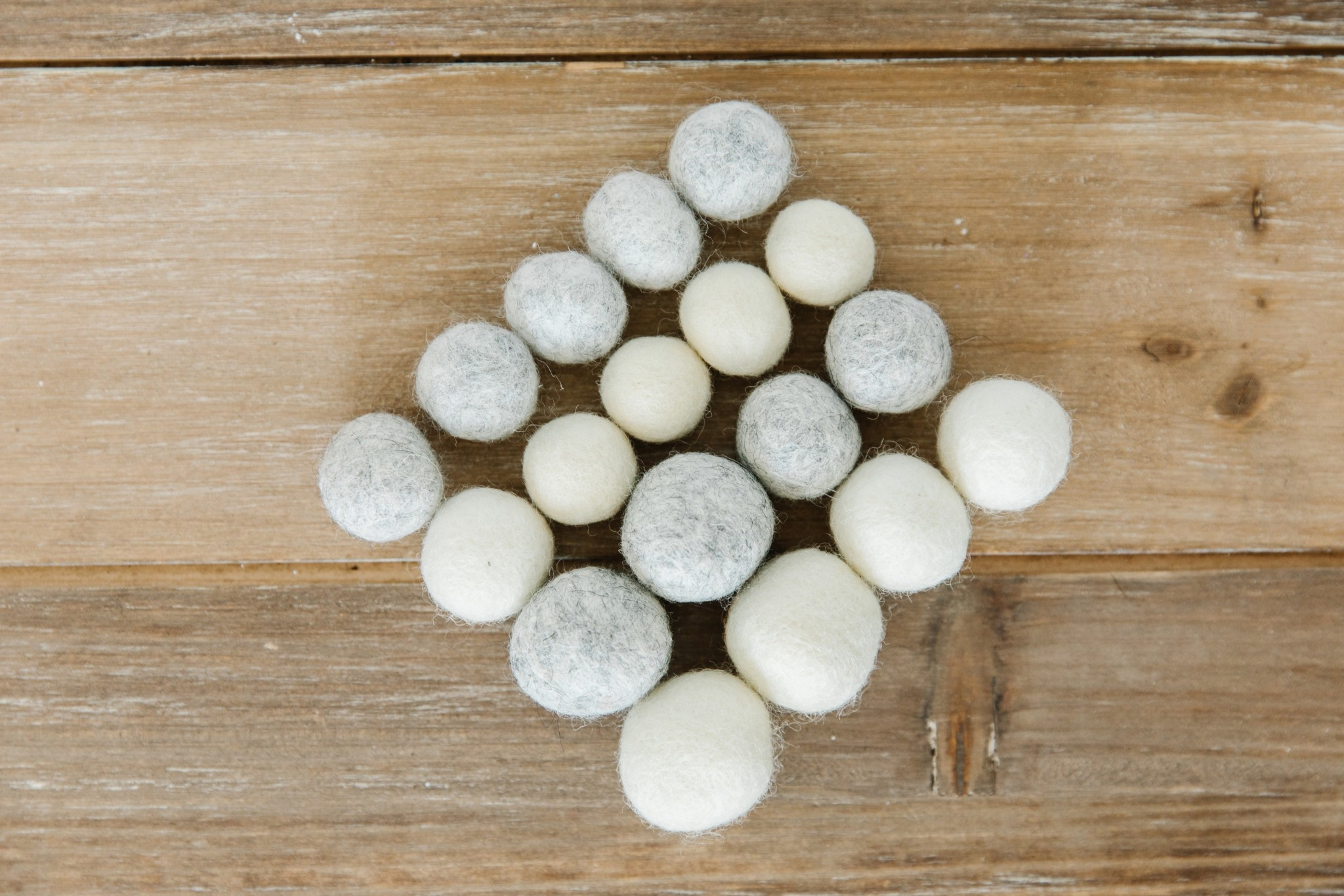 KIMBERBELL DESIGNS Winter Wonderland Wool Felt Balls