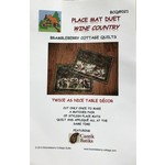 BRAMBLEBERRY COTTAGE QUILTS PLACE MAT DUET WINE COUNTRY PATTERN