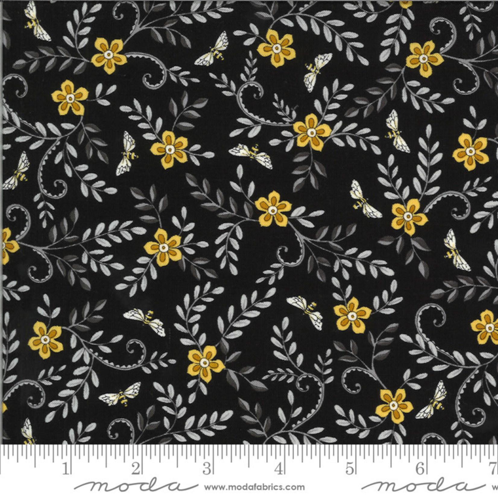 Deb Strain BEE GRATEFUL, FLOWER VINES AND BEES , EBONY (19964 15) PER CM OR $21/M