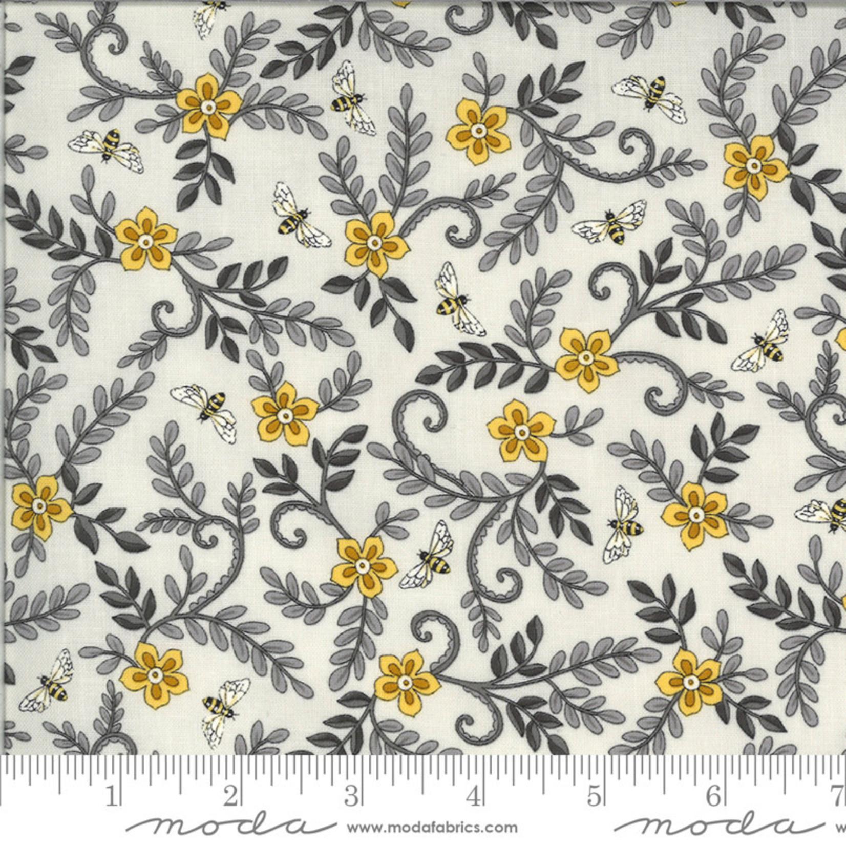 Deb Strain BEE GRATEFUL, FLOWER VINES AND BEES , DOVE GREY (19964 14) PER CM OR $21/M