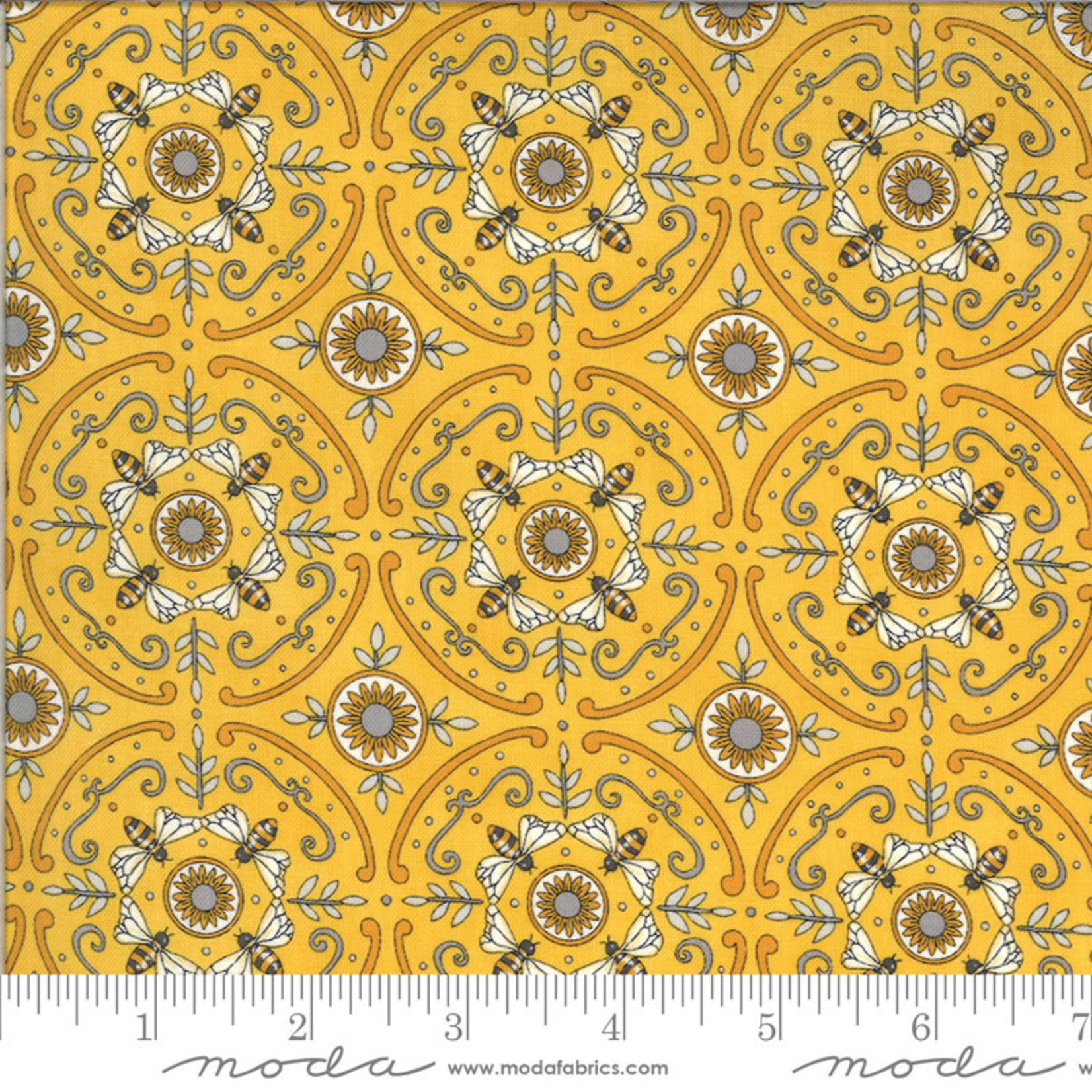 DEB STRAIN BEE GRATEFUL,DANCE OF THE HONEY BEE,  HONEY YELLOW (19968 13) PER CM OR $21/M