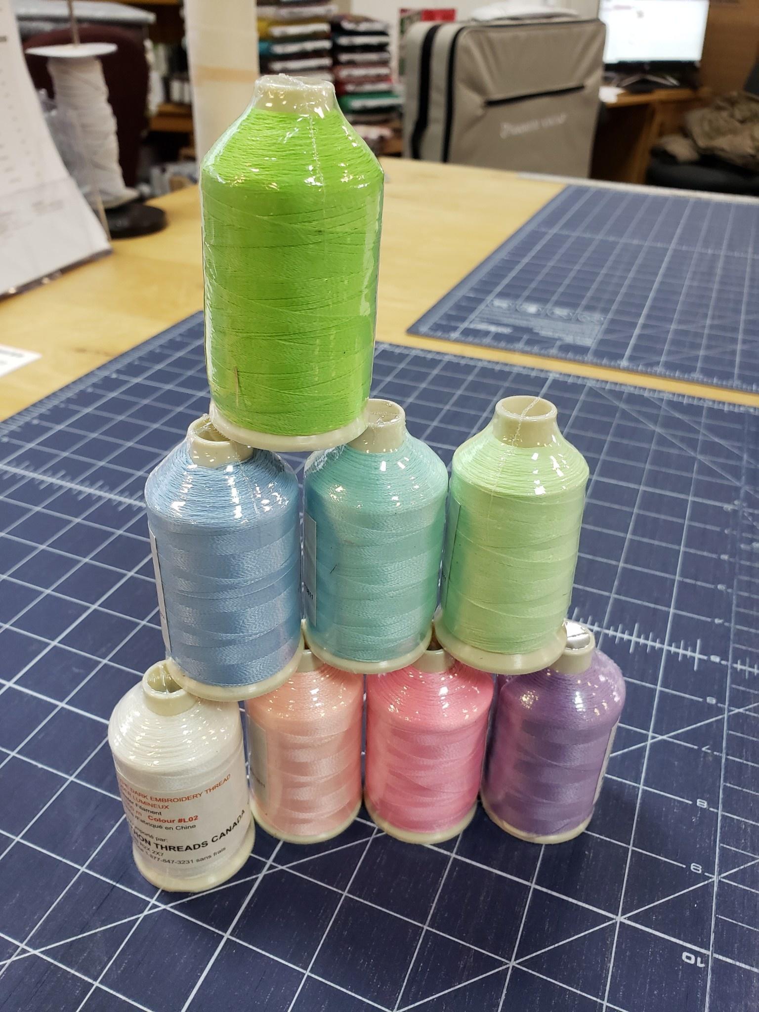 MARATHON Set of 8 (1,000 m) Spools Glow in the Dark Thread 100% Polyester