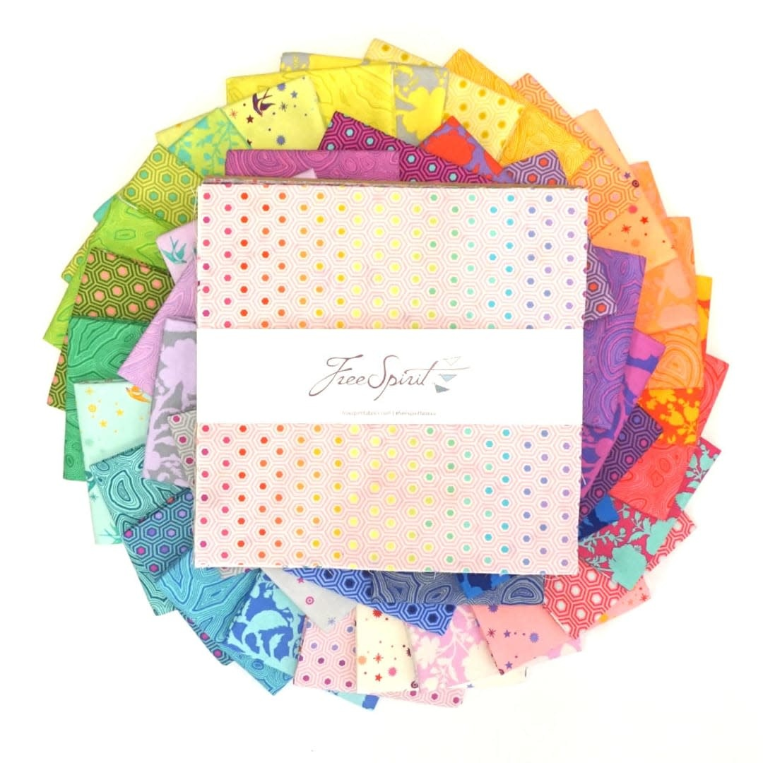 "Tula Pink PRE-ORDER Tula's True Colors - 10"" Charm Pack (42 pcs)"