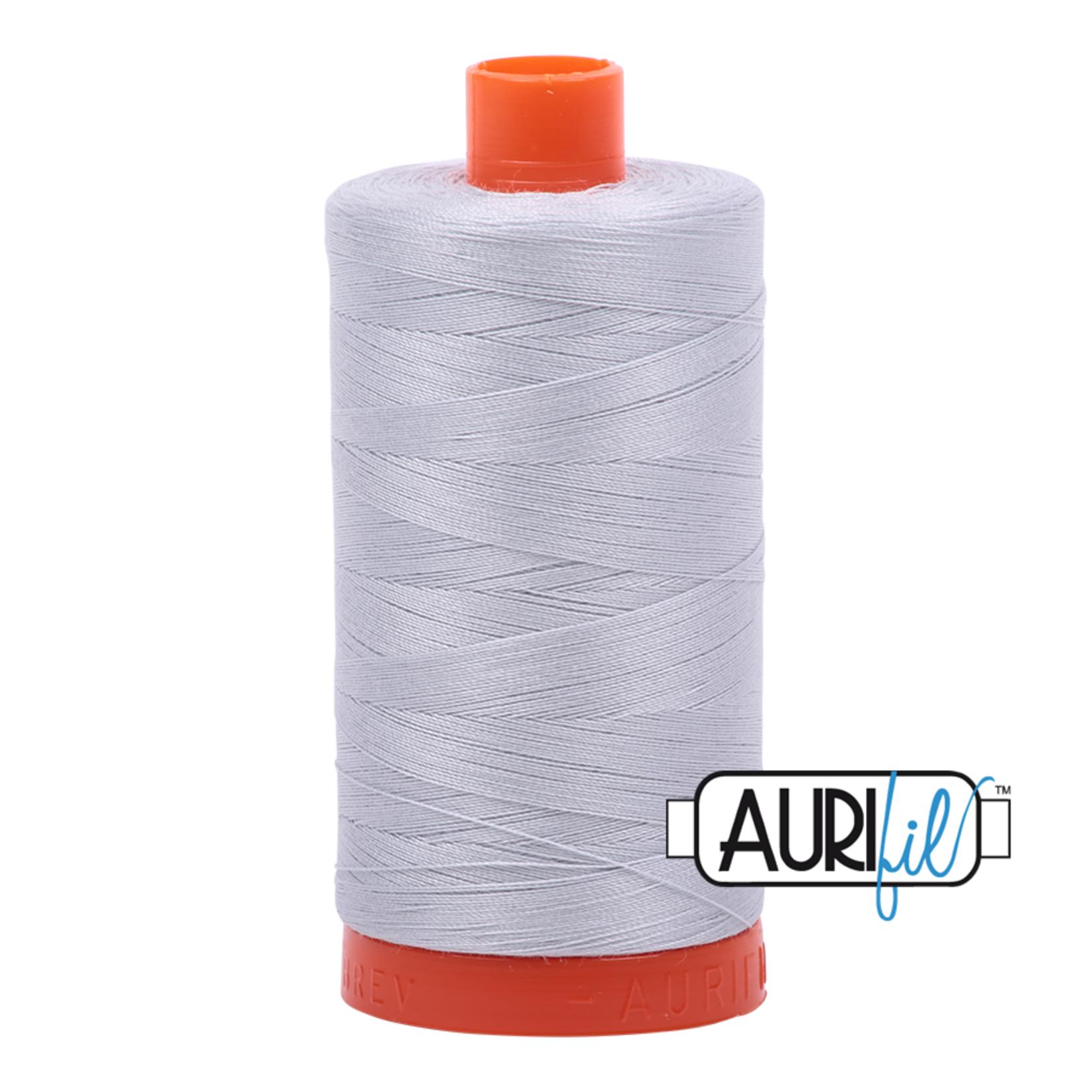 AURIFIL Aurifil 2600 Dove Grey 50 WT
