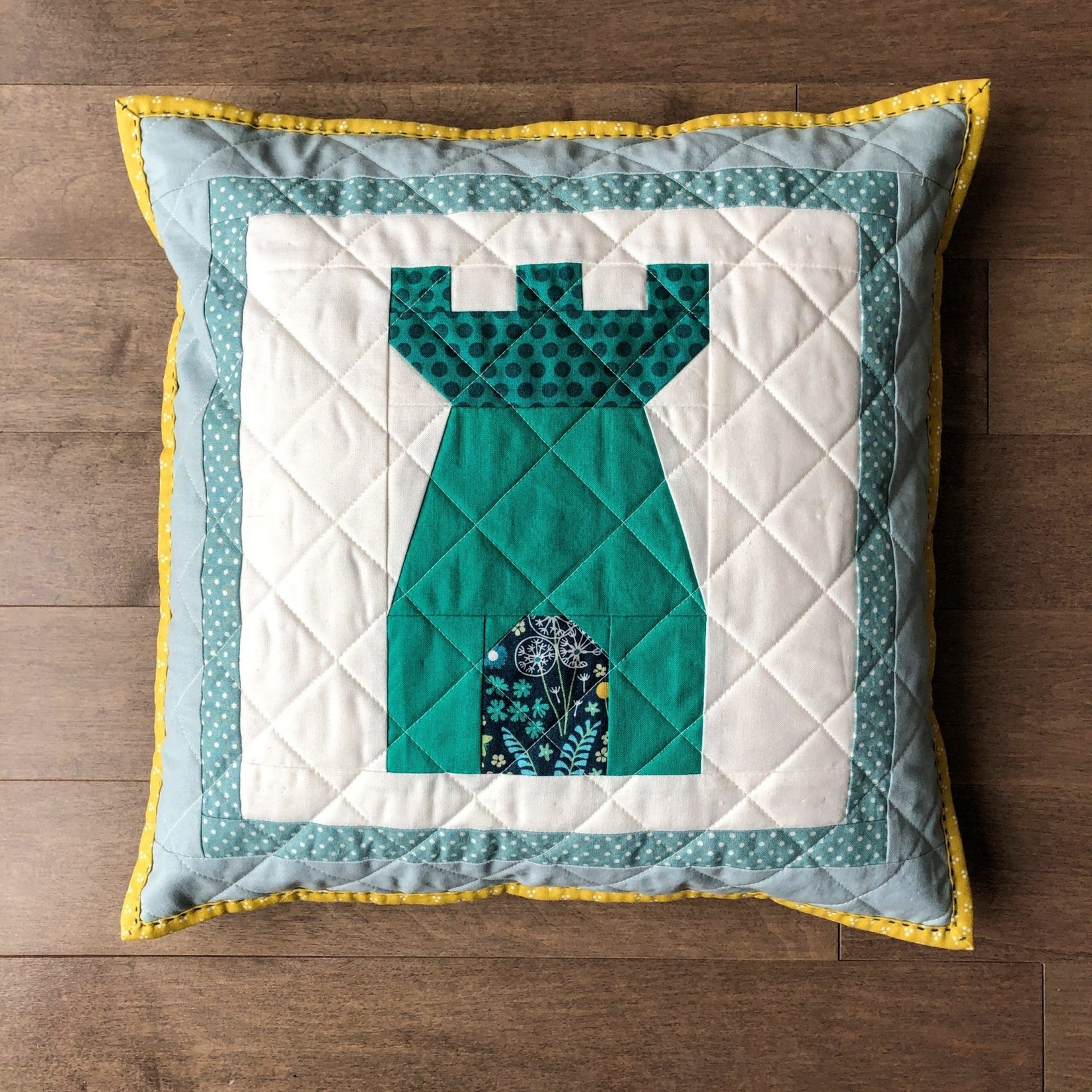 Apples & Beavers Little Kingdom Accent Pillow Covers Pattern