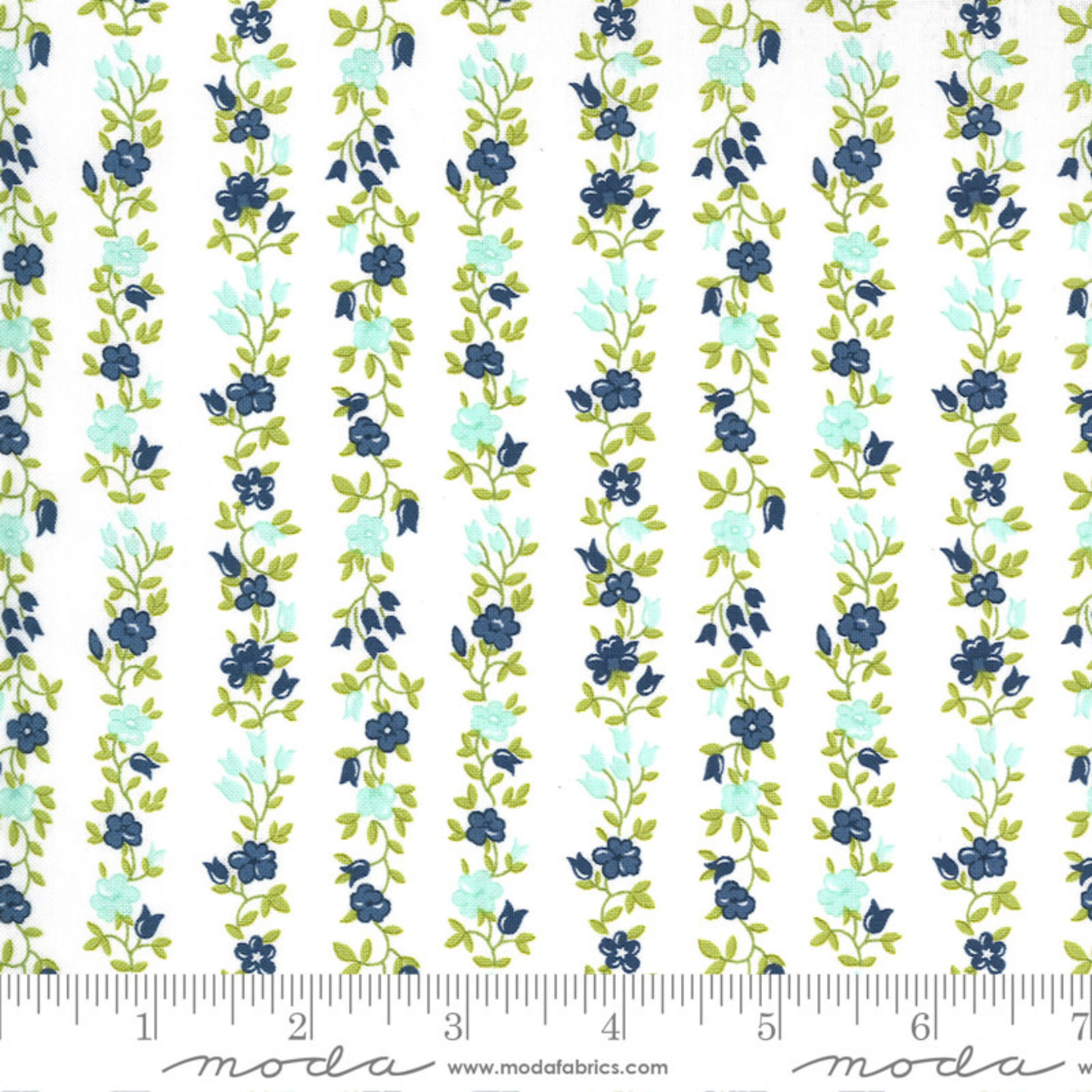 Bonnie & Camille Sunday Stroll, Freshly Cut, White Navy 55224 21 $0.20 per cm or $20/m