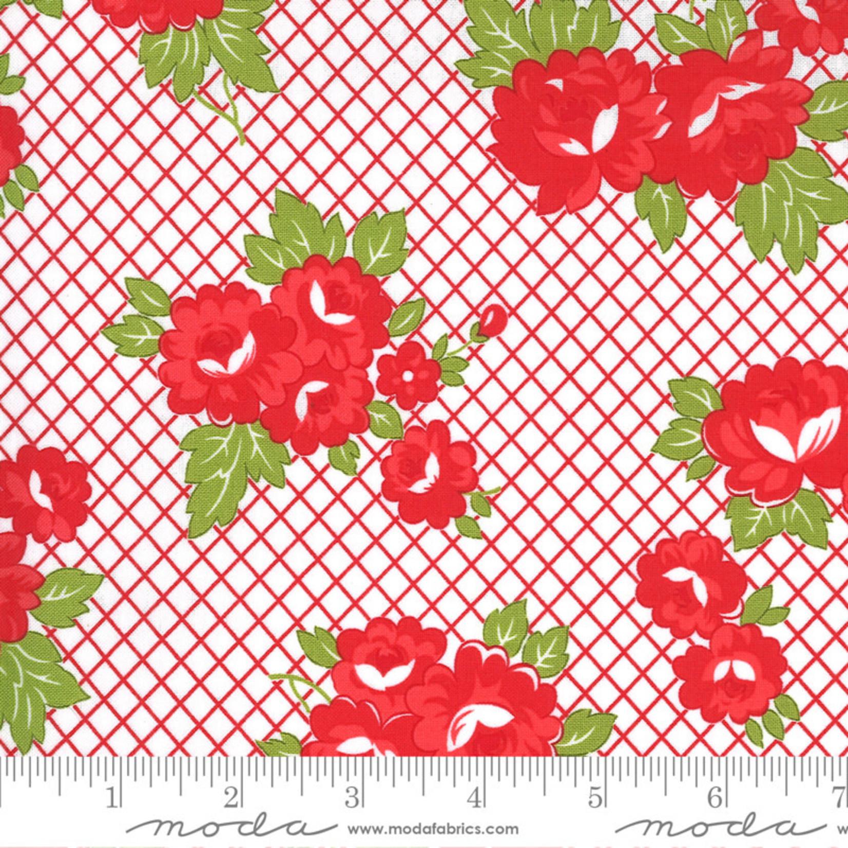 Bonnie & Camille Sunday Stroll, Garden, Red 55221 12 $0.20 per cm or $20/m