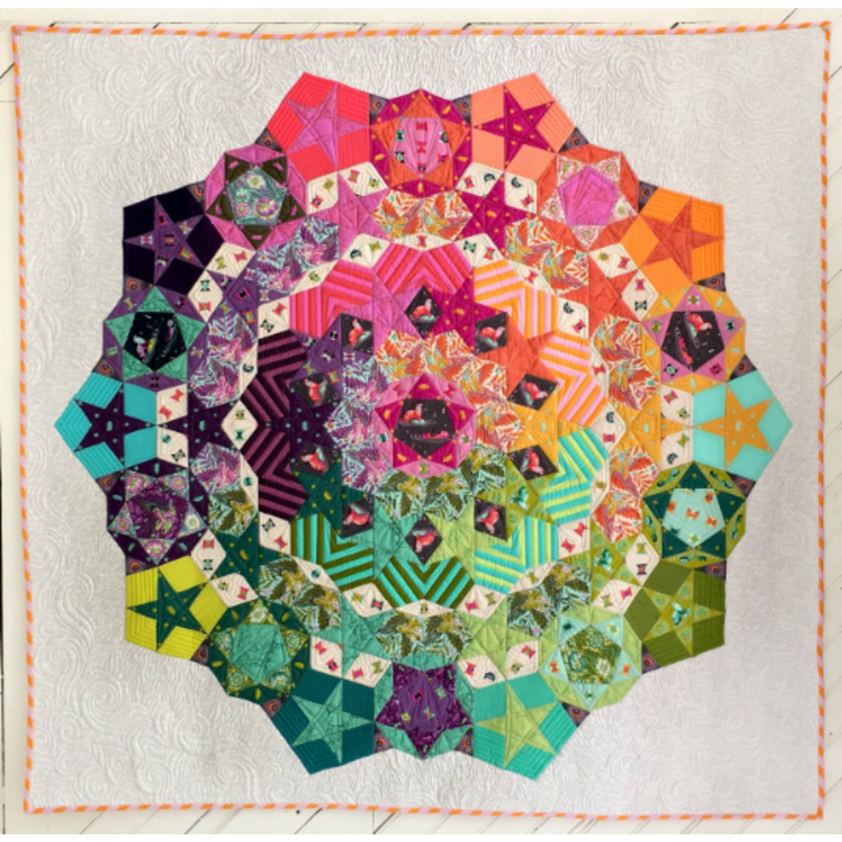 Tula Pink PRE-ORDER Tula Nova by Tula Pink Includes: Pattern & Paper Pieces