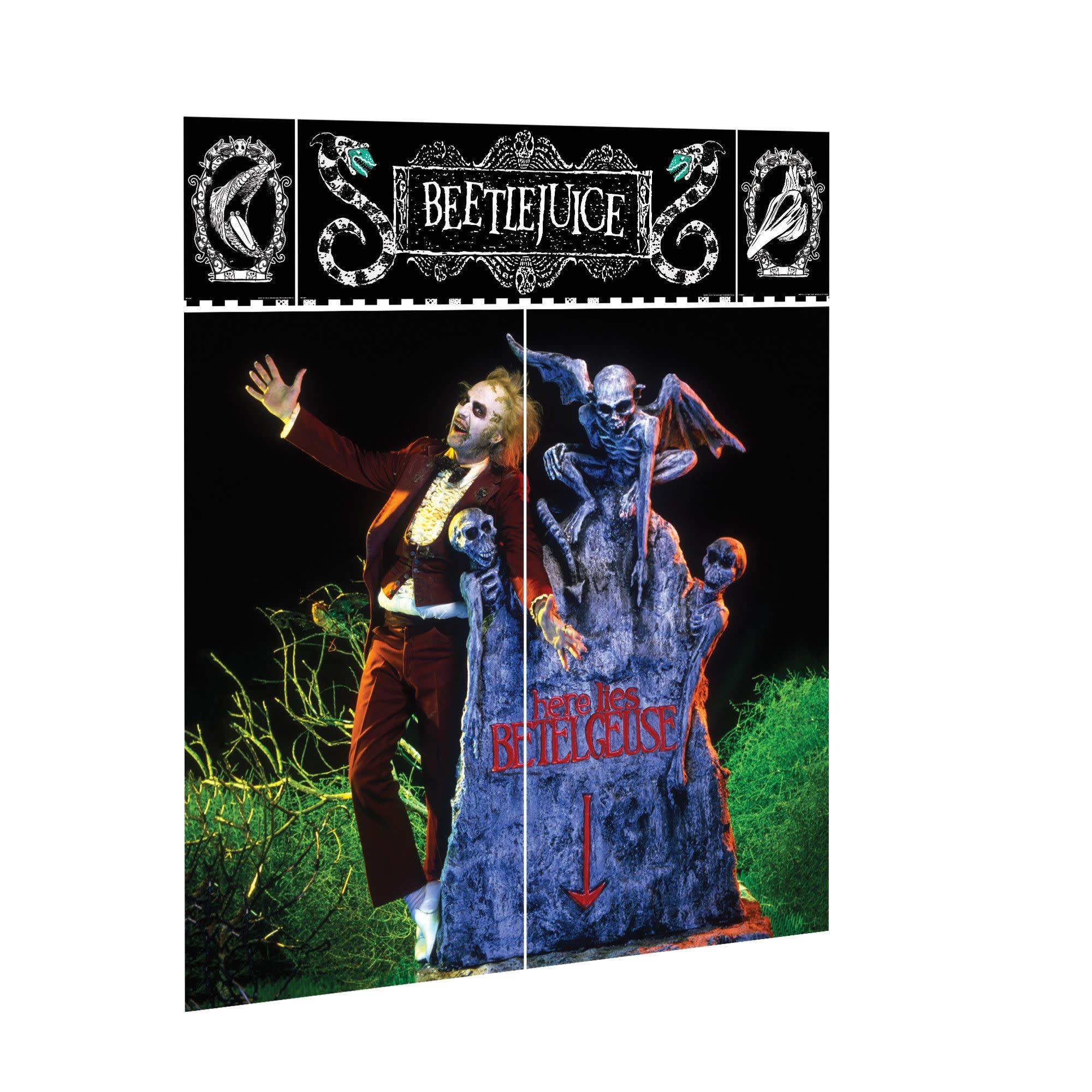 Beetlejuice™ Wall Scene Setters® Decorating Kit