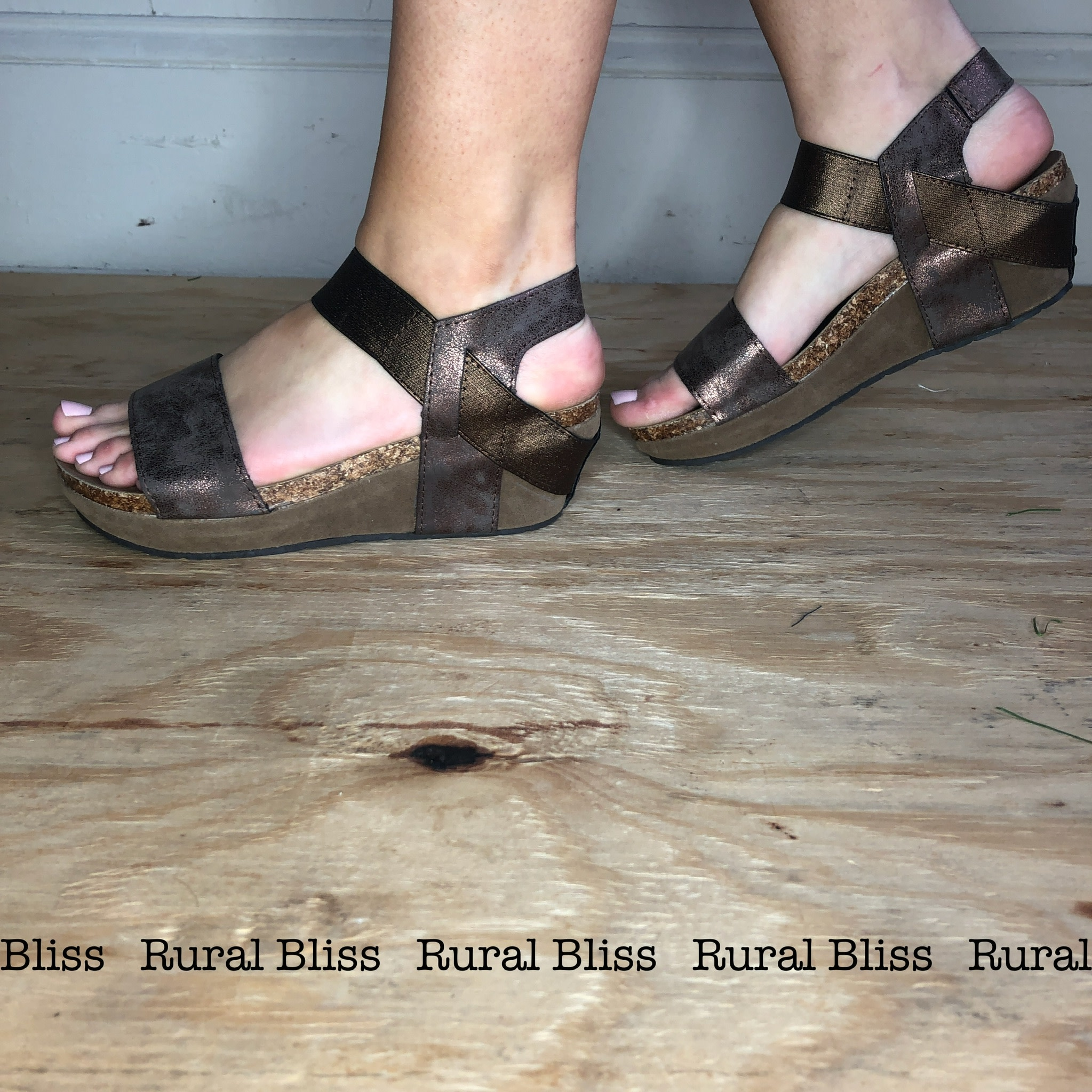 Downtown Wedges Bronze