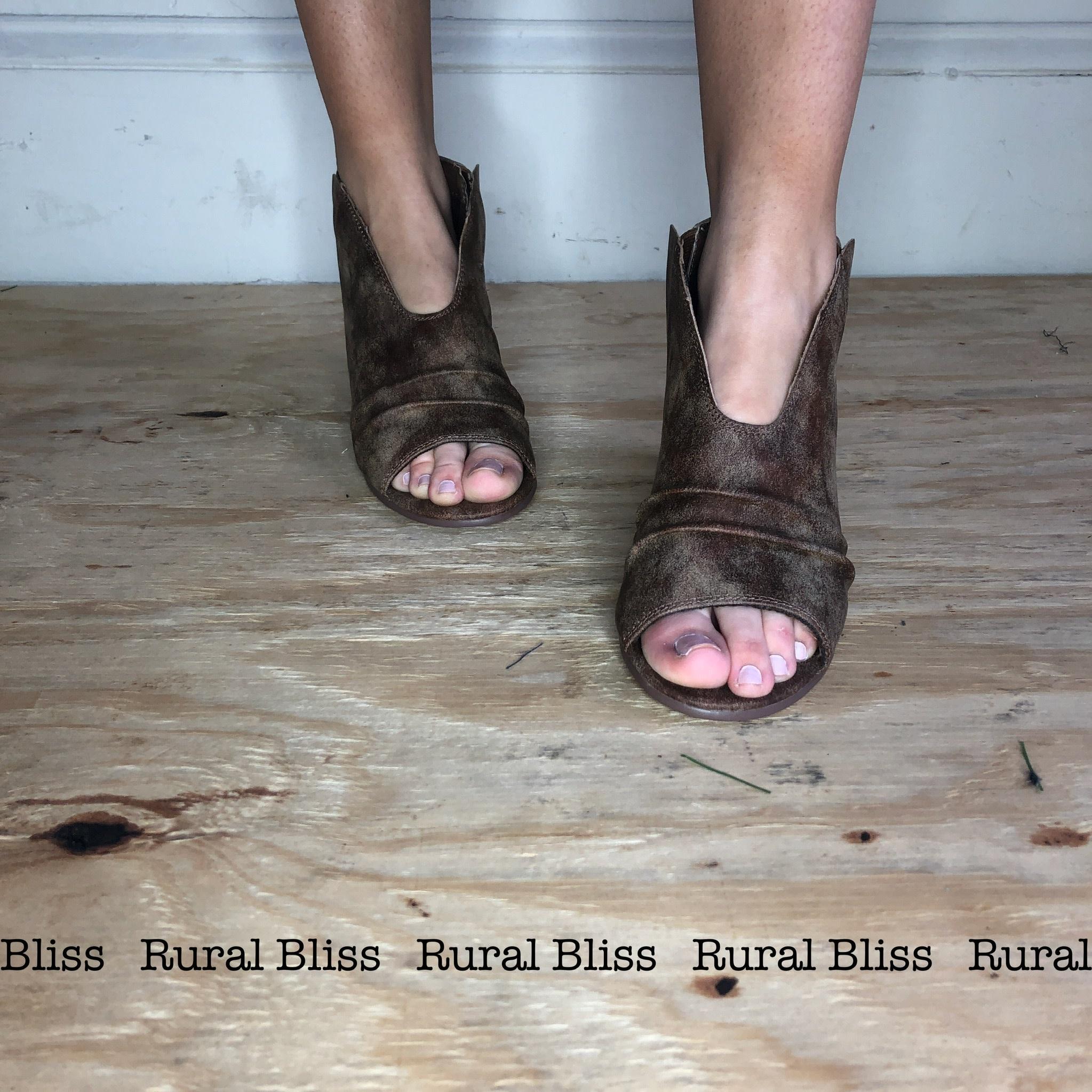 Hollywood Boulevard Sandals