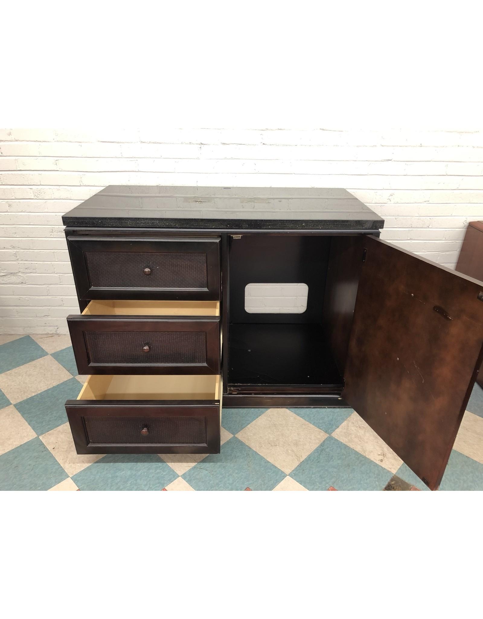 Plantation FT-Dresser