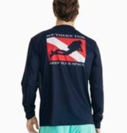 Southern Tide Deep Blue Space T
