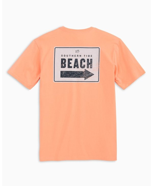 This way to the Beach T