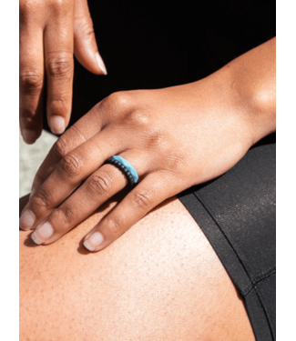 Qalo Standard Womens Stackable Silicone Ring