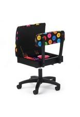 Arrow Chaise noir à motif de boutons
