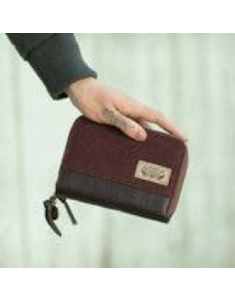 Pistil Zip It Wallet Jet