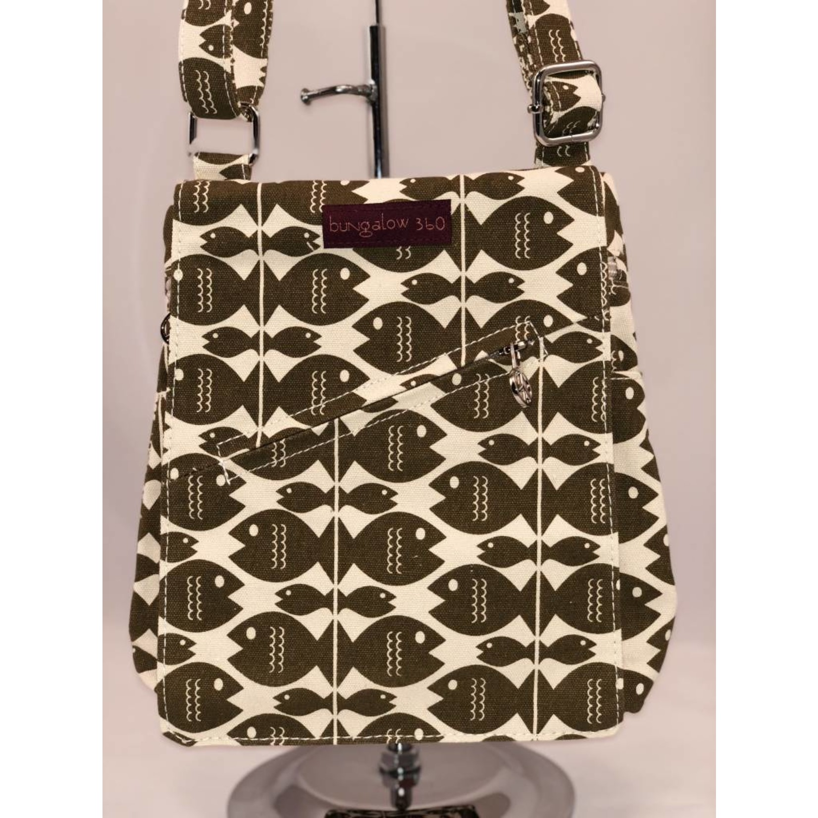 Bungalow 360 Small Messenger Bag - Fish