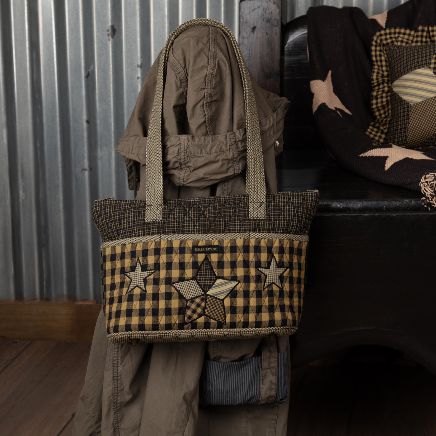 Bella Taylor Farmhouse Star - Taylor handbag