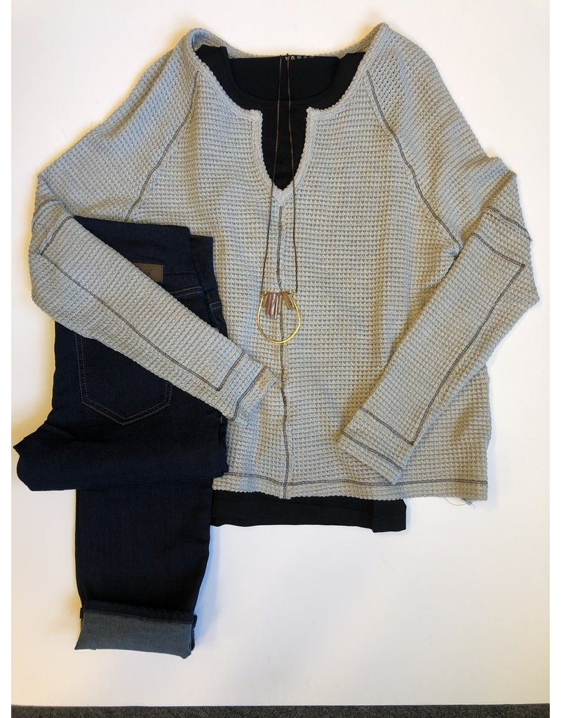 Relish Contrast Stitch Waffle Knit