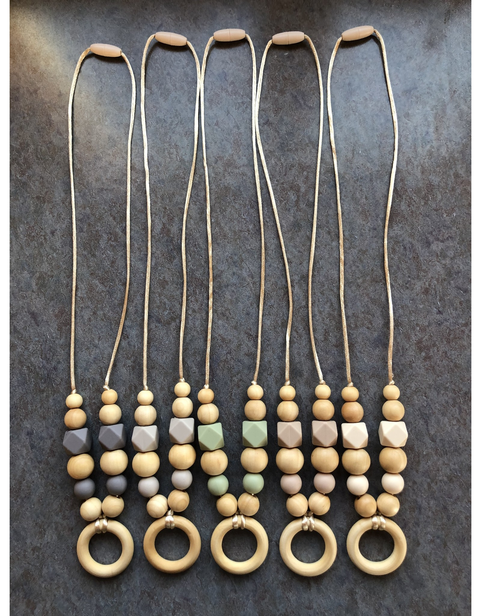 willow nest co Silicone Nursing/Teething Necklace with Maple Wood Circle