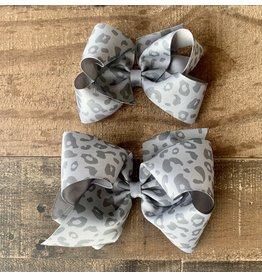 Wee Ones- Grey Leopard Print Bow
