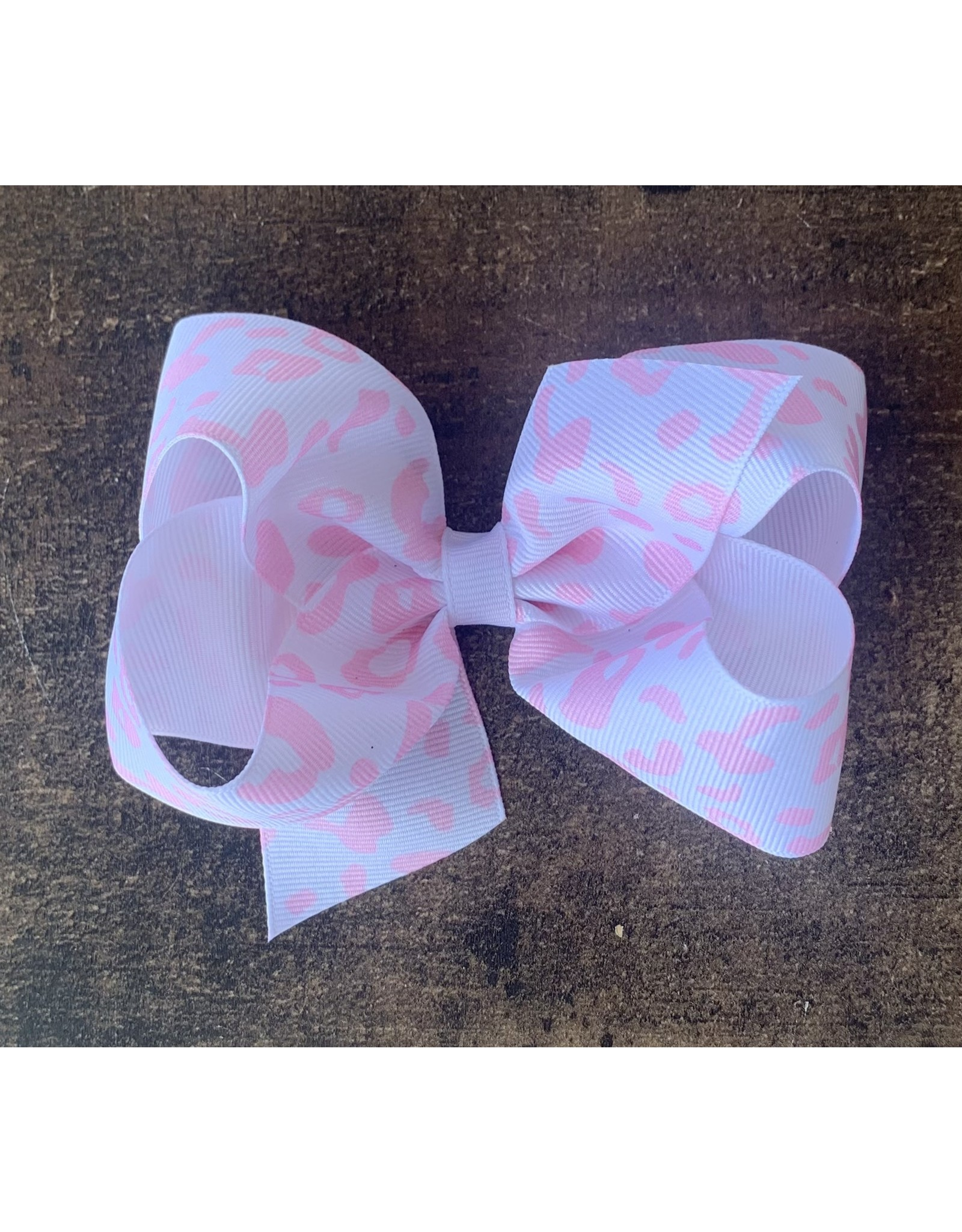 Wee Ones- White/Lt Pink Leopard Print Medium Bow