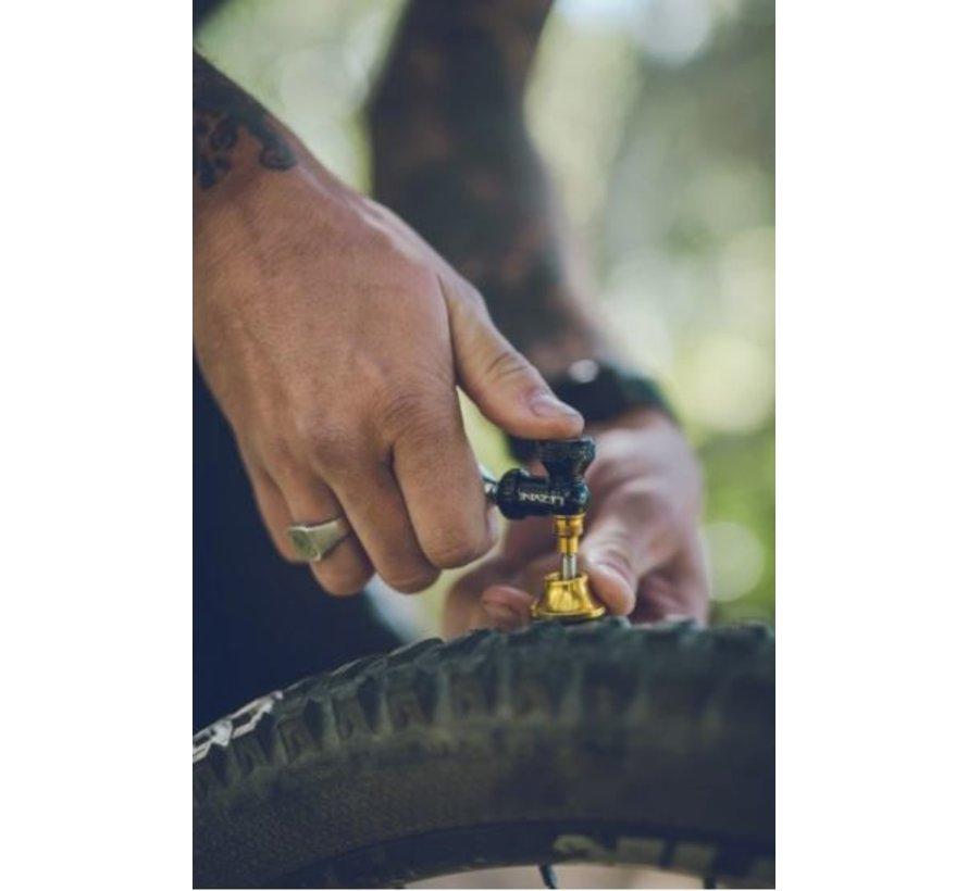 Détenteur CO2 et Kit de réparation tubeless Blaster