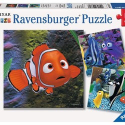 Finding Nemo In the Aquarium - 3 x 49 Piece Puzzle