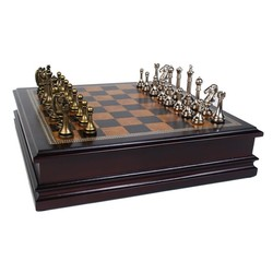 Metal Chessman with Deluxe Wood Chess Board