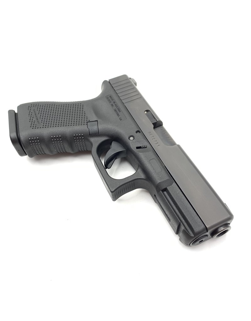 Glock USED GLOCK 19 GEN 4  9MM WITH NIGHT SIGHTS