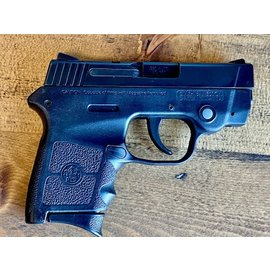 Smith & Wesson PRE-OWNED S&W BODYGUARD W/CRIMSON TRACE LASER