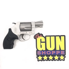 Smith & Wesson Pre-Owned S&W Model 637 Chiefs Special Airweight Revolver .38 Special