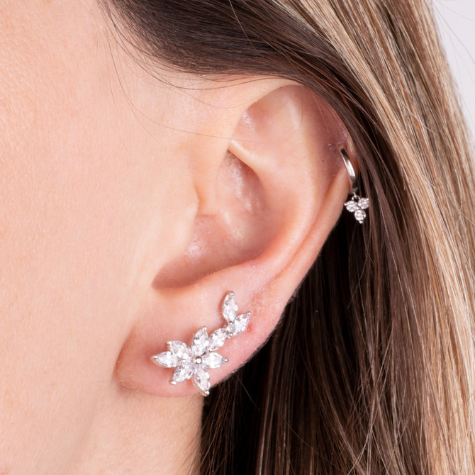 EAR CRAWLERS FLORES PLATEADO