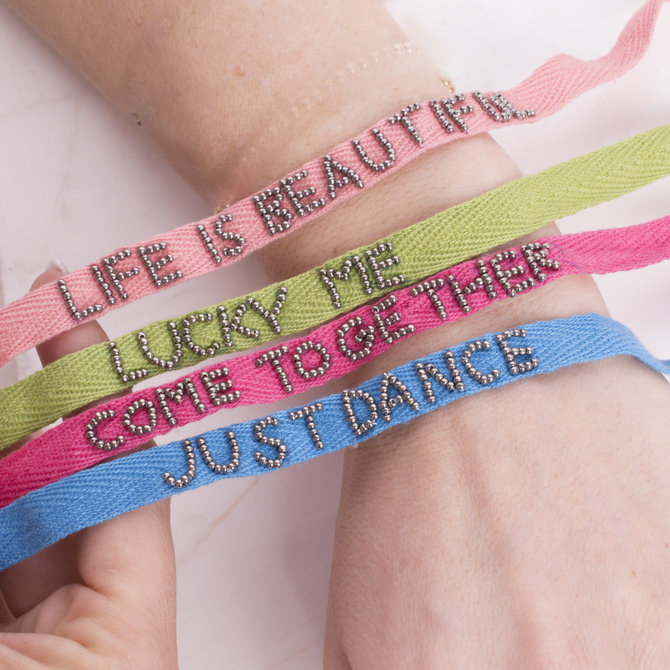 20-12162 PULSERA COME TOGETHER