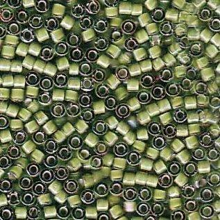 MIYUKI Delica 11-0 White Lined Light Green AB 10g