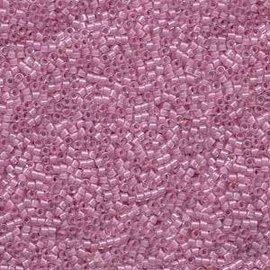 MIYUKI Delica 11-0 Lined Pale Lilac AB 10g