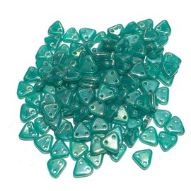 CzechMates TRIANGLE Luster Iris Atlantis Green 10g