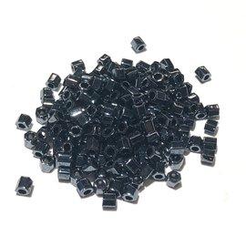 TOHO Hex 8-0 Metallic Hematite 20g Tb