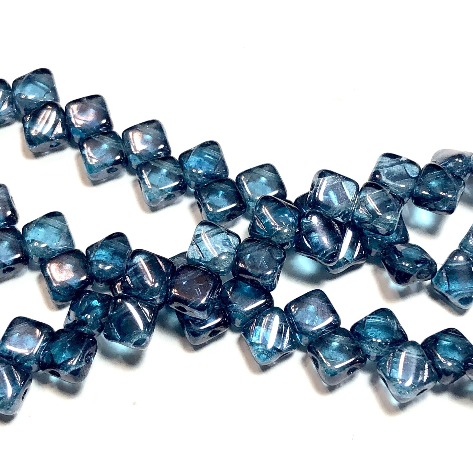 2-Hole SILKY Bead Alex Blue Luster 40pcs 6.5mm