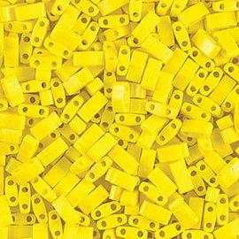 MIYUKI Tila Half Cut Opaque Yellow 10g