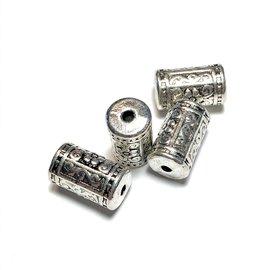 Tibetan Silver Plated 17mm Brass Beads 6pcs