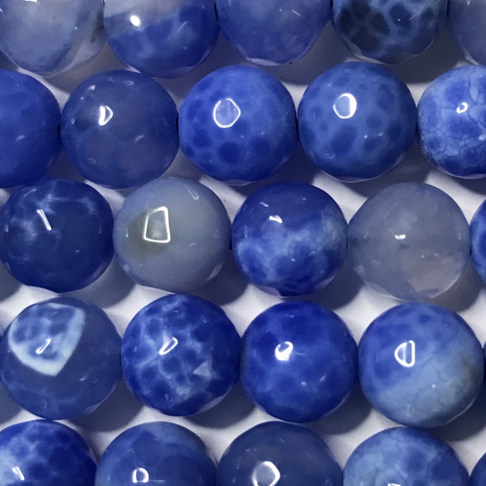 AGATE Spring Colours - Baby Blue 8mm Faceted