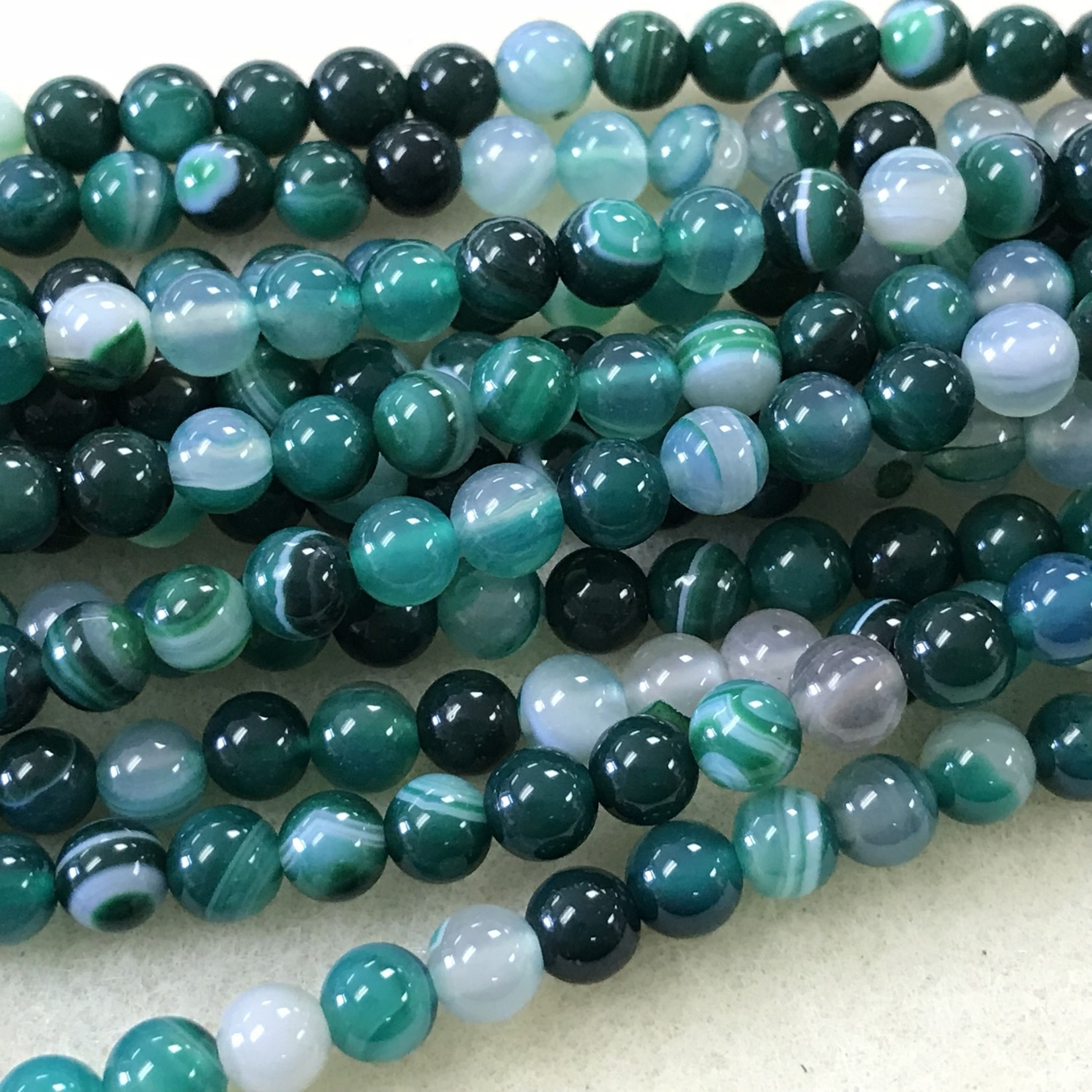 Dyed Banded AGATE Kelly Green 6mm Round
