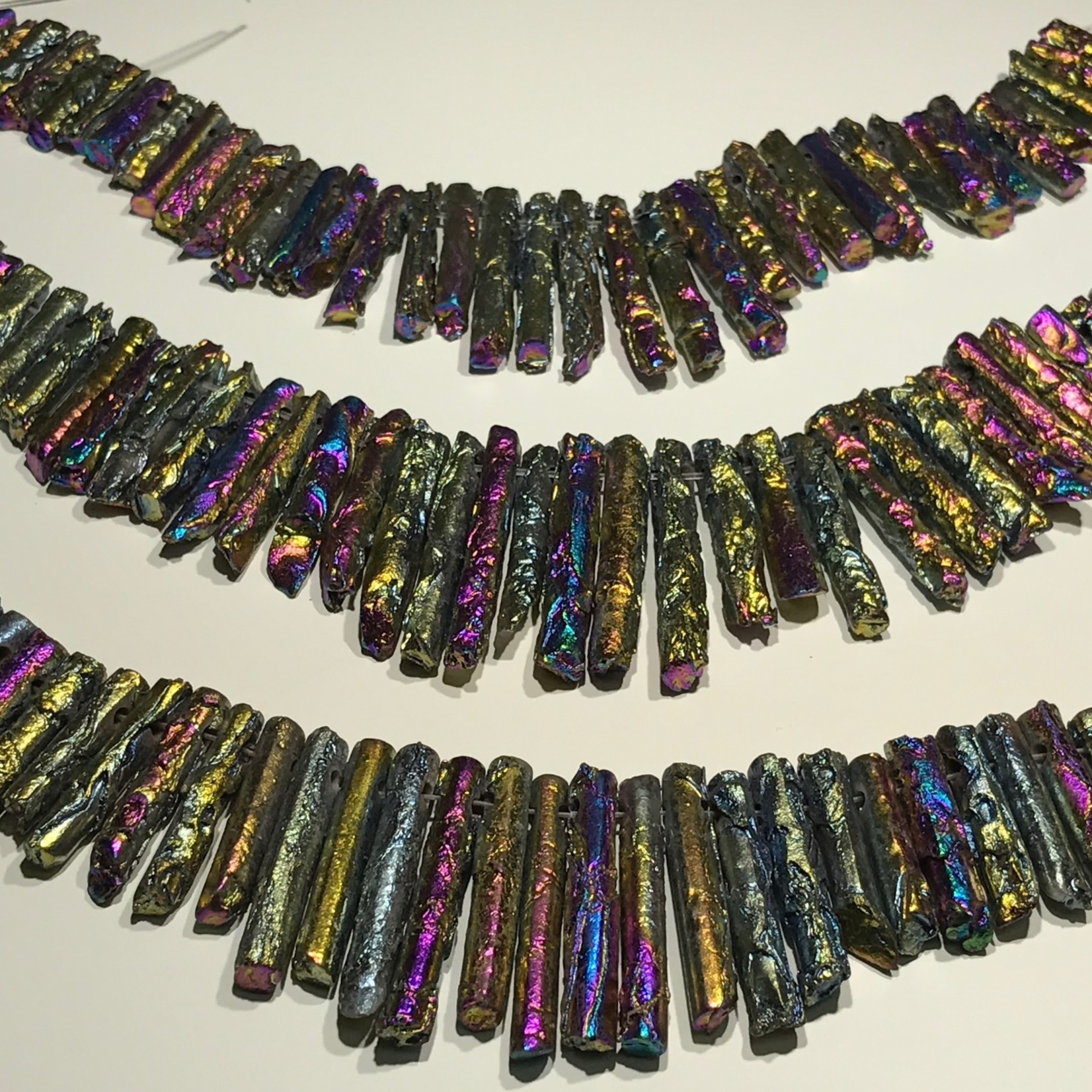 AGATE (Rainbow Electroplated) Graduated Columns 1/2 Strand