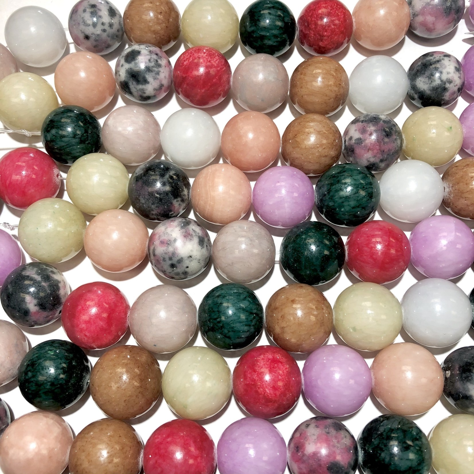 Common Jade Asst'd Colours 20mm Round 1/2 Str