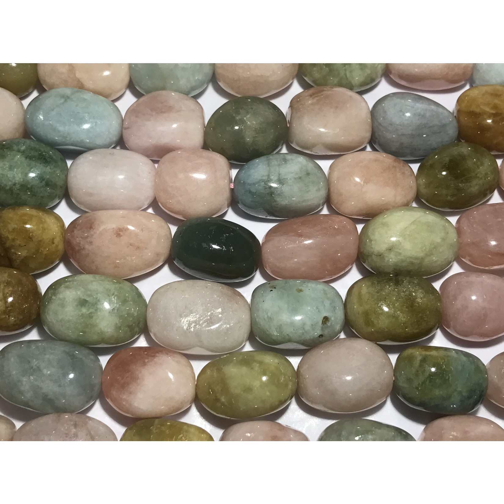 BERYL Smooth Oval Nuggets 21x16mm 1/2 Strand